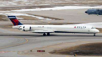 N946DN - McDonnell Douglas MD-90-30 - Delta Air Lines