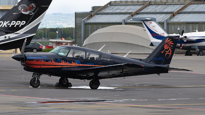 N37HE - Piper PA-24-260 Comanche B - Private