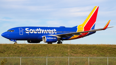 N447WN - Boeing 737-7H4 - Southwest Airlines