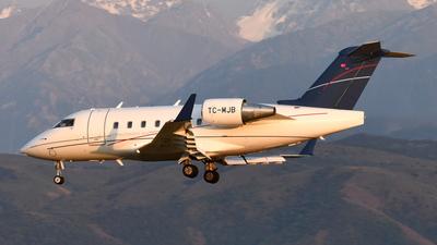 TC-MJB - Bombardier CL-600-2B16 Challenger 604 - MNG Jet