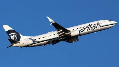 A picture of N457AS - Boeing 737990(ER) - Alaska Airlines - © Huy Do