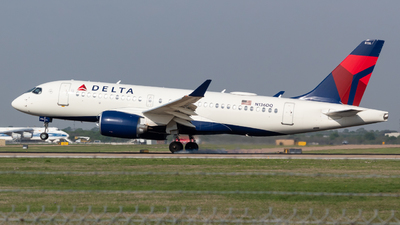 A picture of N136DQ - Airbus A220100 - Delta Air Lines - © Saul Hannibal