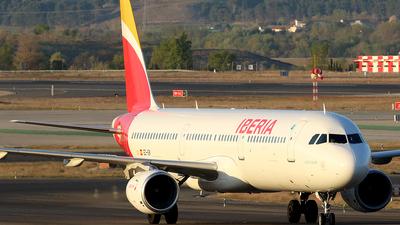 EC-IGK - Airbus A321-213 - Iberia
