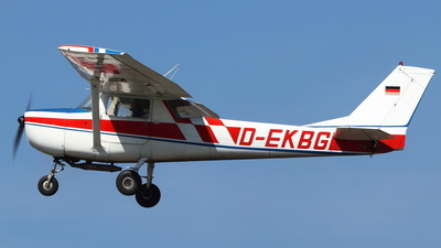 D-EKBG - Reims-Cessna F152 - Private