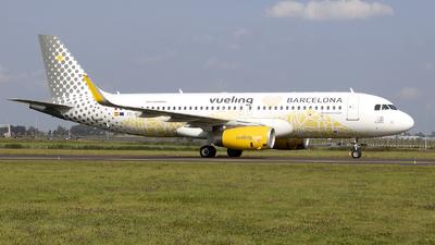 A picture of ECMNZ - Airbus A320232 - Vueling - © Freek Blokzijl
