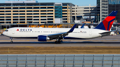 A picture of N177DZ - Boeing 767332(ER) - Delta Air Lines - © Lynn Aisin-Gioro
