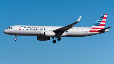 N910AU - Airbus A321-231 - American Airlines