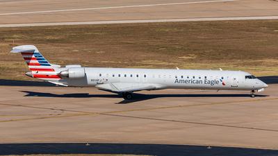 A picture of N914FJ - Mitsubishi CRJ900ER - American Airlines - © Sweet Potato