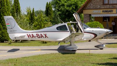 HA-BAX - Cirrus SR22T - Private