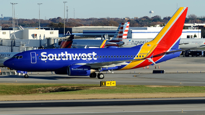 N7887A - Boeing 737-752 - Southwest Airlines