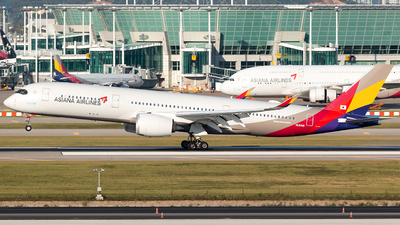 A picture of HL8308 - Airbus A350941 - Asiana Airlines - © Min Jun Kim