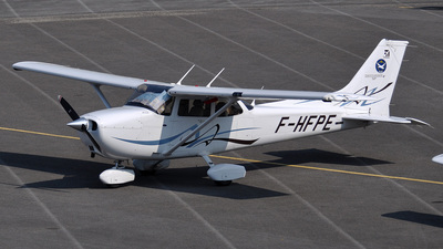 F-HFPE - Cessna 172S Skyhawk - Private