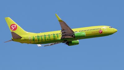 A picture of VQBRK - Boeing 7378LP - S7 Airlines - © Enzo Gattullo - Plane Spotters Bari
