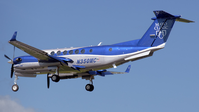 N350MC - Beechcraft B300C King Air 350C - Private