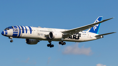 A picture of JA873A - Boeing 7879 Dreamliner - All Nippon Airways - © walker2000