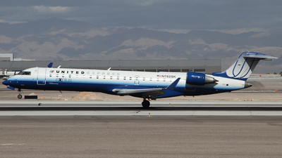 N762SK - Bombardier CRJ-701 - United Express (SkyWest Airlines)