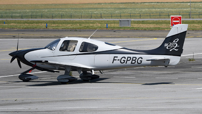 A picture of FGPBG - Cirrus SR20 - [1502] - © bruno muthelet