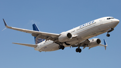 N76503 - Boeing 737-824 - United Airlines