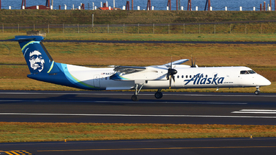 A picture of N439QX - De Havilland Canada Dash 8400 - Alaska Airlines - © Zihaoo W & Donny H Photography