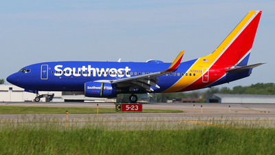 N7883A - Boeing 737-76Q - Southwest Airlines