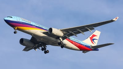 B-5943 - Airbus A330-243 - China Eastern Airlines
