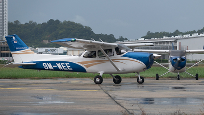 A picture of 9MWEE - Cessna 172 Skyhawk -  - © DennisQT