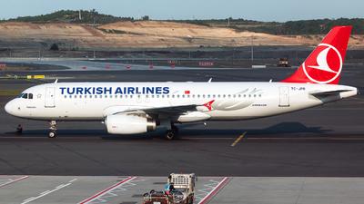 A picture of TCJPR - Airbus A320232 - Turkish Airlines - © Tomasz Kozakowski