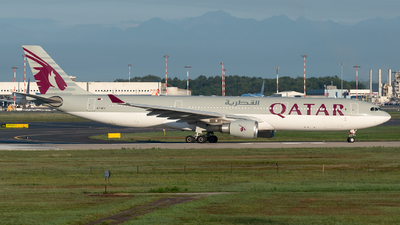 A picture of A7AEJ - Airbus A330302 - Qatar Airways - © Paolo Zonca