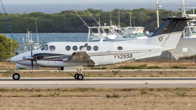 YV2958 - Beechcraft 200 Super King Air - Private