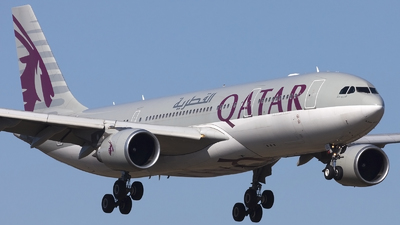 A picture of A7ACL - Airbus A330202 - Qatar Airways - © if