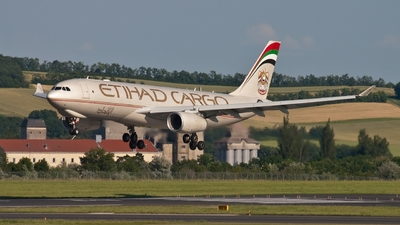 A6-DCC - Airbus A330-243F - Etihad Cargo