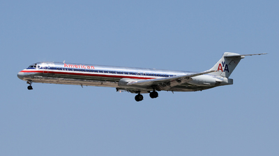 N9628W - McDonnell Douglas MD-83 - American Airlines