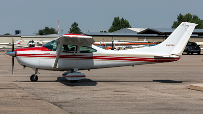 A picture of N9939H - Cessna T182 Turbo Skylane - [18268128] - © CJMoeser