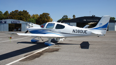 N380UE - Cirrus SR22 - Private