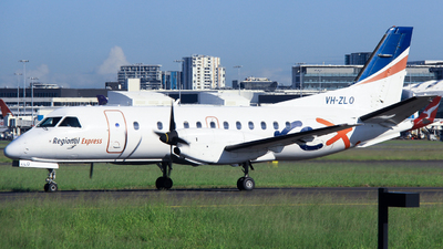 A picture of VHZLO - Saab 340B - Regional Express - © Robbie Mathieson