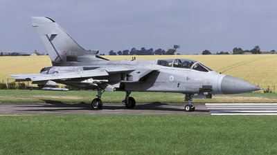 ZE338 - Panavia Tornado F.3 - United Kingdom - Royal Air Force (RAF)