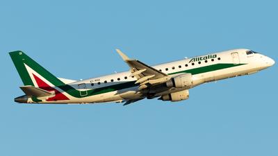 A picture of EIRDI - Embraer E175STD - Alitalia - © Gian Marco Anzellotti - Pescara Spotters