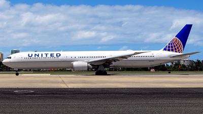 N67052 - Boeing 767-424(ER) - United Airlines