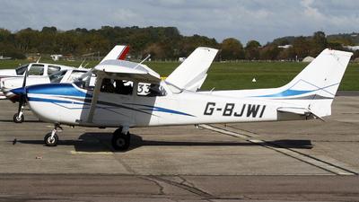 A picture of GBJWI - Cessna F172P Skyhawk - [2172] - © Hawkwind