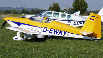 D-EWKY - Vans RV-7 - Private