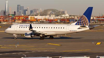 A picture of N726YX - Embraer E175LR - United Airlines - © Oliver Richter