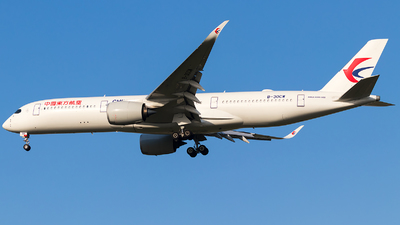 B-30CW - Airbus A350-941 - China Eastern Airlines