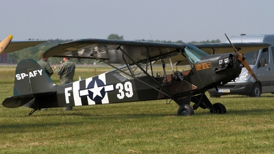 SP-AFY - Piper J-3C-65 Cub - Private