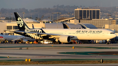 ZK-OKP - Boeing 777-319ER - Air New Zealand