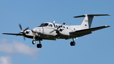 95-00091 - Beechcraft C-12R Huron - United States - US Army