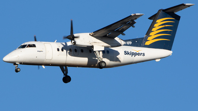VH-XFP - Bombardier Dash 8-106 - Skippers Aviation