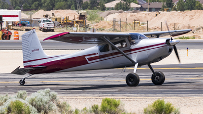 A picture of N4646B - Cessna 180 - [31544] - © David Lee