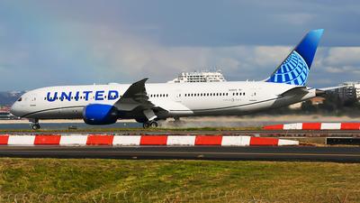 N29975 - Boeing 787-9 Dreamliner - United Airlines