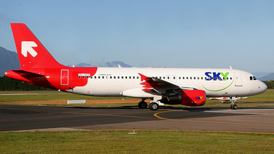 9H-AEF - Airbus A320-214 - Sky Airline