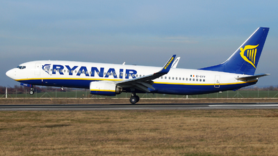 A picture of EIDYV - Boeing 7378AS - Ryanair - © Marin Ghe.